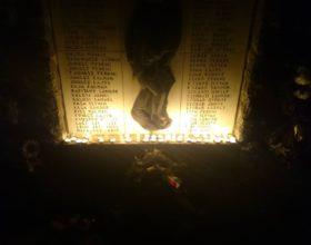 Gyertyás megemlékezés a II. Világháborúban elesett átányi hősökről