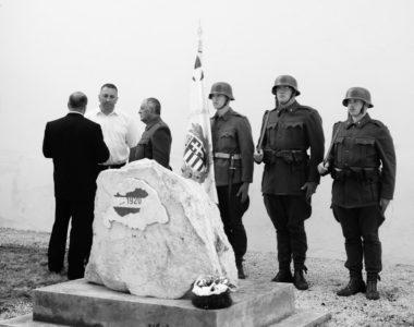 Istentisztelet és megemlékezés a Trianon-emlékműnél, és a háborúban elesett átányi katonák kopjafáinak felavatása